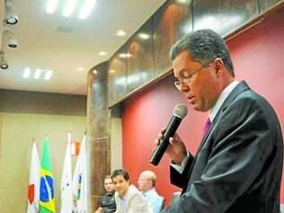 Novidades.    Luciano Fernandes Novaes foi empossado como secretário de Saúde do município