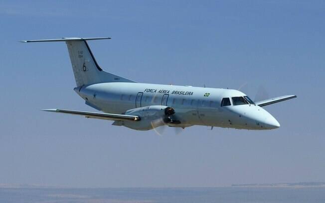 Avião da Força Aérea Brasileira (FAB) precisou gastar combustível antes de pousar no Galeão