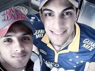 Juntos na música e divididos no futebol: Danilo é alvinegro e Rafael é celeste