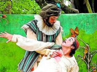 """Teatro. Uma das atrações, """"Como a Gente Gosta"""", do Grupo Maria Cutia, se inspira em Shakespeare para contar uma história de amor"""