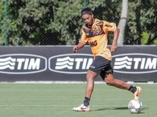 Ronaldinho será preservado para duelo em Bogotá, pela Libertadores