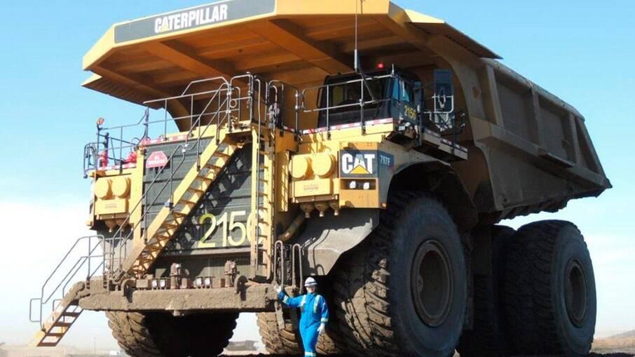 Fabricado desde 1998 pela norte-americana Caterpillar, o 797 é o maior caminhão basculante do mundo