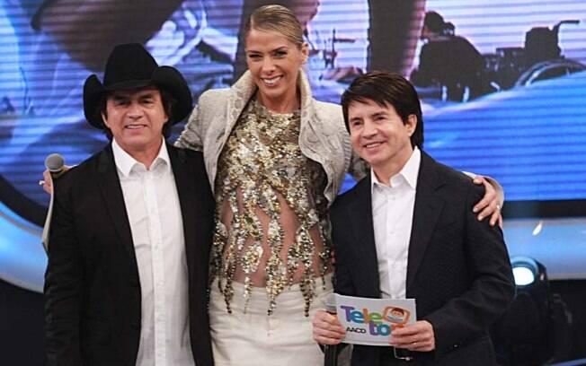 Chitãozinho, Adriane Galisteu e Xororó no Teleton