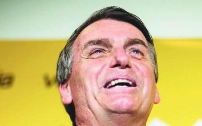 Eletrobras amplia plano de demissão; Bolsonaro diz não ter intenção de privatizar a empresa