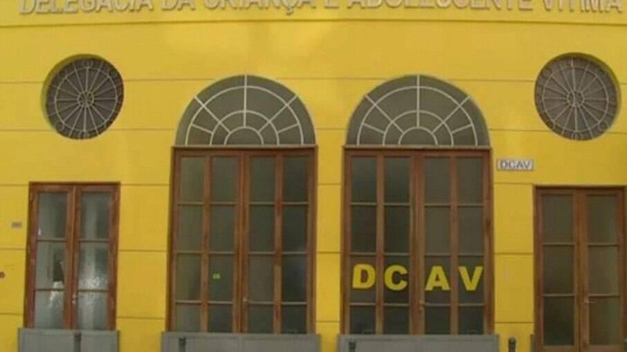 Dcav prende pedófilo no Dona Marta