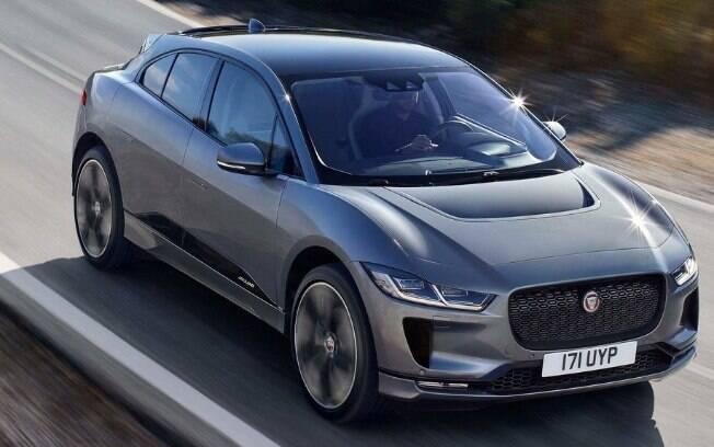 O Jaguar transpira tecnologia. Se por dentro se vê equipamentos e dispositivos, por fora é pura engenharia e arquitetura