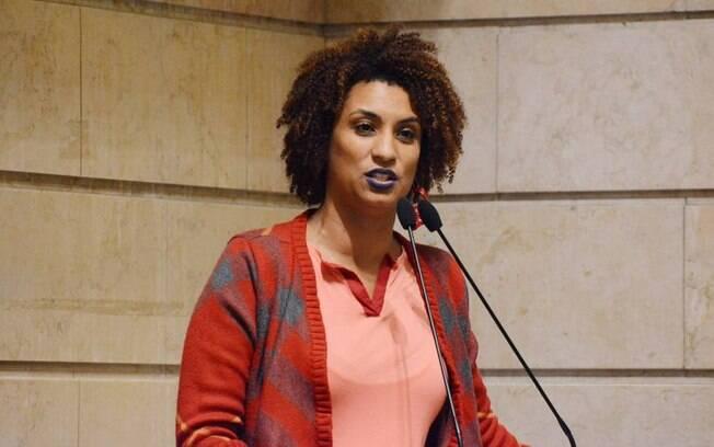 Marielle Franco foi homenageada pela prefeita de Paris Anne Hidalgo