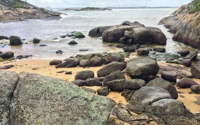 A Praia Secreta ficou popular por possuir um clima de praia privativa e desde que foi descoberta costuma ficar cheia