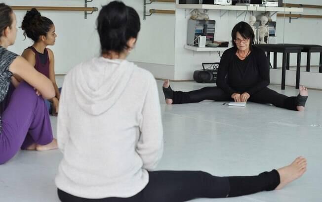Flavia com os alunos no workshop