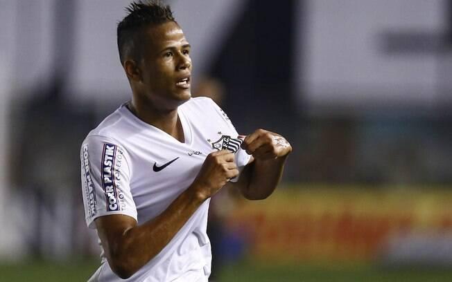 Geuvânio comemora gol do Santos diante do São Paulo