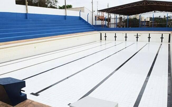 Praça de esportes na Chácara da Barra é revitalizada