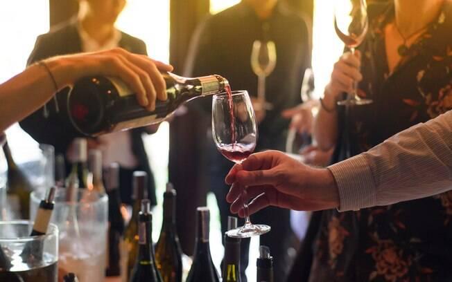 Uma pesquisa feita com 2 mil norte-americanos revela traços da personalidade ligados aos hábitos de consumo de vinho
