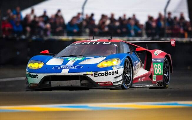 Depois de 30 anos longe da prova, o novo Ford GT volta a competir e ganha as 24 Horas de Le Mans na categoria LMGTE Pro.