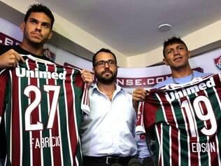 Ao lado de Edson, Fabrício foi oficializado pela diretoria do Tricolor nesta quinta-feira
