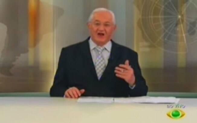 Boris Casoy comete gafe ao vivo