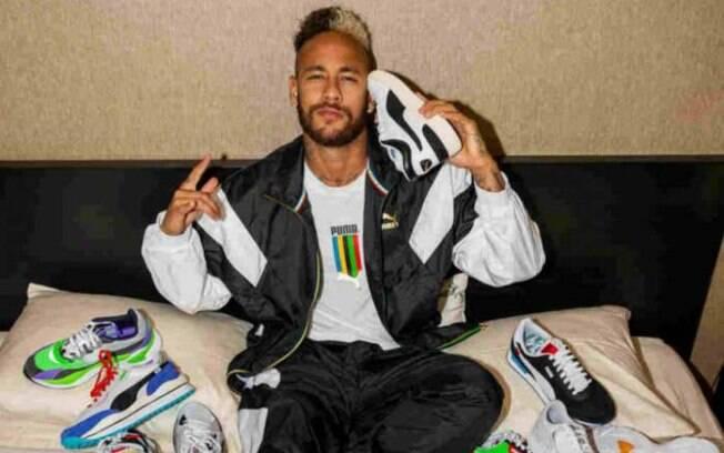 Neymar assinou com a Puma