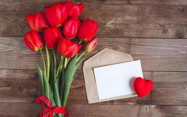 Flores são ótimos presentes para comemorar o Valentine's Day no Brasil