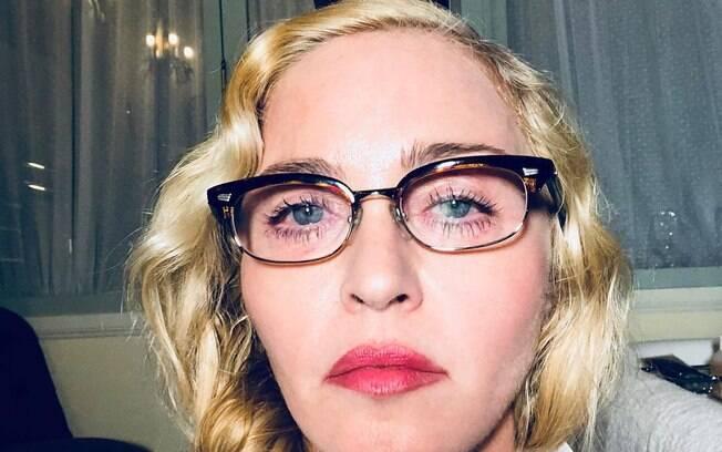 Madonna comemora 60 anos com muita auto estima, deboche e piadas de tiozão