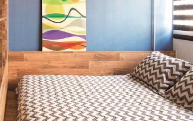 A estampa Chevron também pode estar presente na decoração do quarto, como nas fronhas e em lençóis, por exemplo