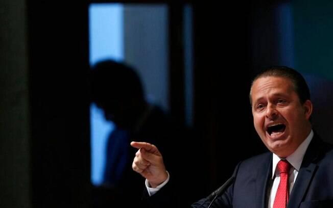 Morre Eduardo Campos, candidato do PSB à Presidência, em acidente de aeronave