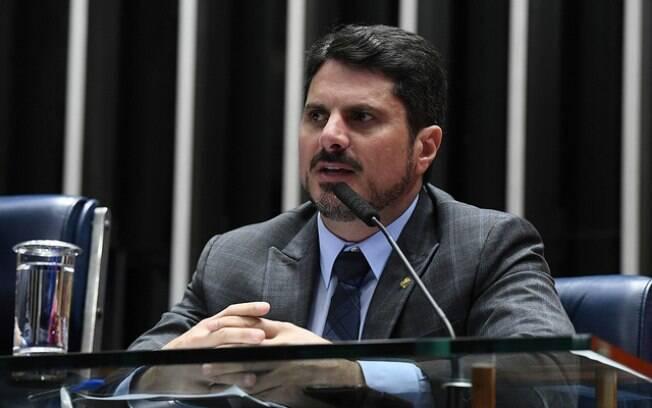 Marcos Do Val nega conflito de interesses e sustenta seu argumento com fato de que a abertura ao mercado internacional