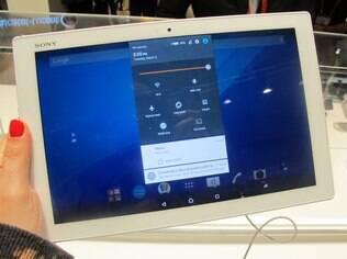 Z4 tablet tem versões em branco e em preto