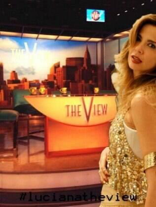 Luciana Gimenez estrou no programa 'The View' nesta segunda-feira (10)