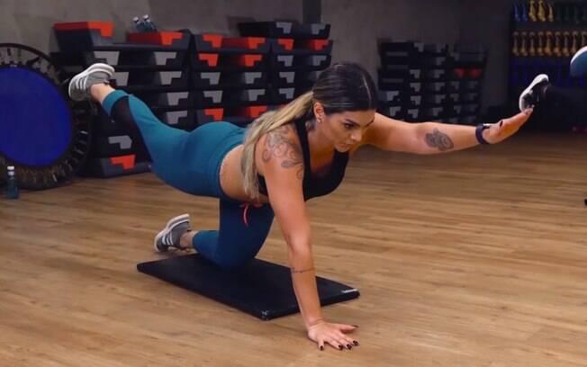 O exercício da prancha exige um pouco mais da musculatura