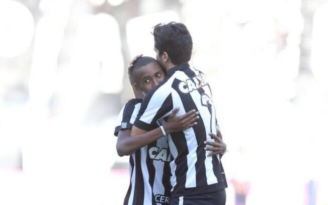 O jogador da base do Botafogo, Ryan Silveira, tinha 15 anos e lutava há um ano contra câncer no intestino