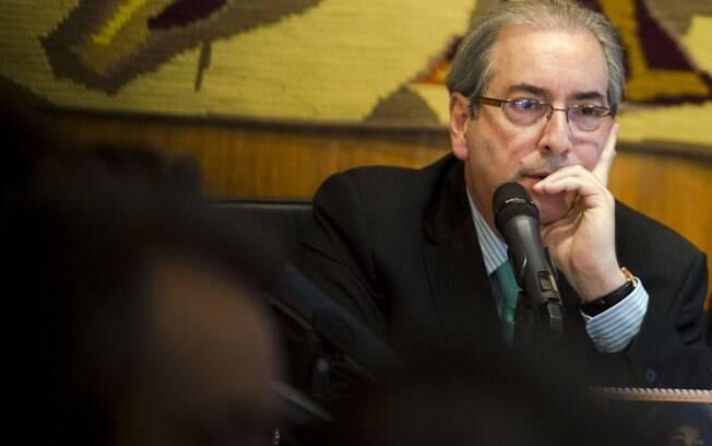 O parlamentar é julgado por ter dito a integrantes de CPI que não tinha contas no exterior
