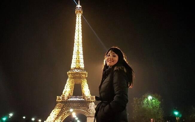 Quando Camila visitou a Torre Eiffel, ela tinha acabado de terminar um relacionamento