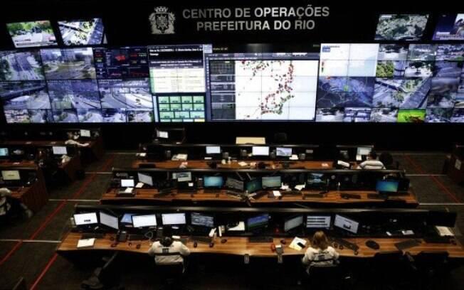 O Centro de Operações da prefeitura do Rio relatou a falta de imagens de certos pontos da cidade, principalmente na Zona Sul