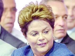"""Dilma Rousseff acusou opositores de fazerem """"campanha negativa"""""""