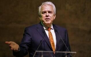 Petrobras anuncia aumento de R$ 0,10 no litro do diesel