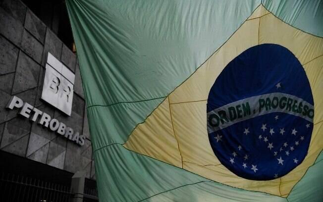 Antes da reunião com o ministro argentino, Guedes disse que o governo não pensa em privatizar a Petrobras agora