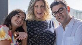 Jornalista anuncia gravidez ao vivo no SporTV e emociona apresentadora