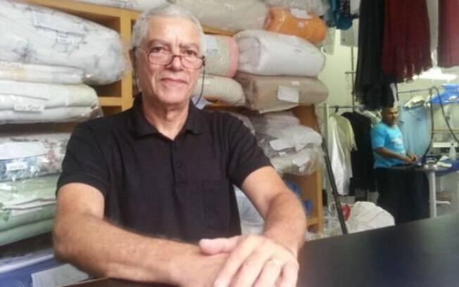 Renato Soares na lavanderia da família: negócio de 33 anos