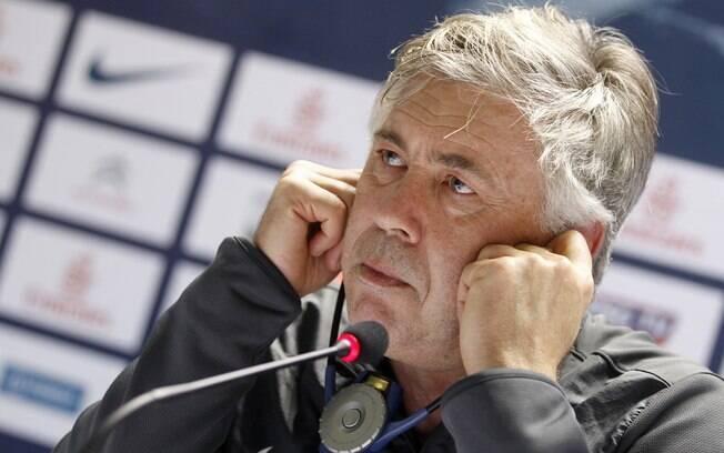 2º Carlo Ancelotti (Paris Saint Germain) - 12  milhões de euros