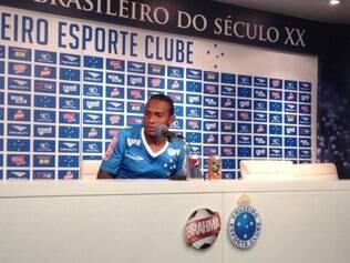 Willians disse que não pode falar muito sobre esse assunto, porque foi considerado o jogador mais violento do Brasileiro 2014
