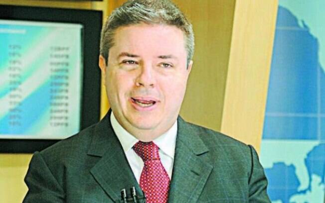Alvo de inqúerito, Antônio Anastasia é senador pelo PSDB de Minas Gerais,  ex-governador do Estado e foi coordenador de campanha de Aécio à Presidência. Foto: daniel de cerqueira - 7.11.2014