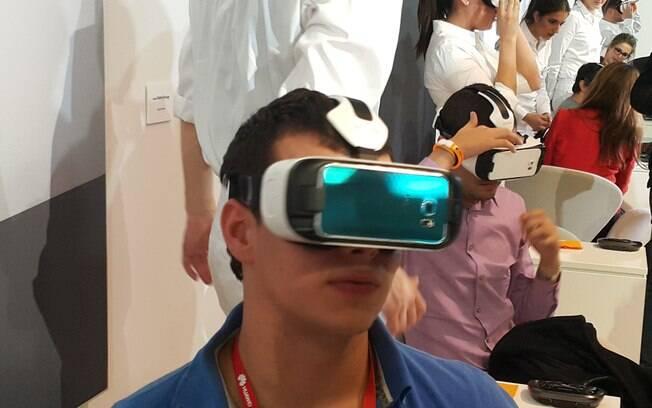 Feito em parceria com a Oculus, o Samsung Gear VR Innovator Edition é otimizado e compatível com os Samsung Galaxy S6 e S6 Edge. Foto: Emily Canto Nunes/iG São Paulo