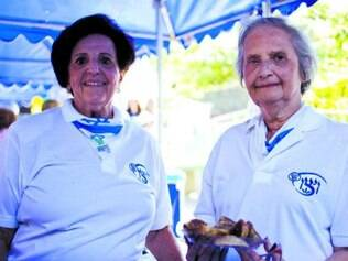 Helena Berger, 77, e Margarida Kraiser, 83, participaram da festa
