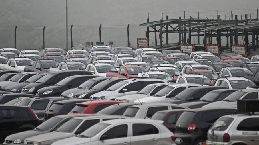 Embora tenha apresentado aumento de vendas em março, setor registra queda de 5,39% no acumulado do ano