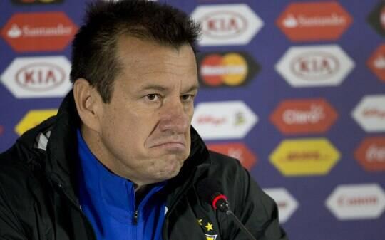 Reunião vai decidir o futuro de Dunga - Seleção Brasileira - iG