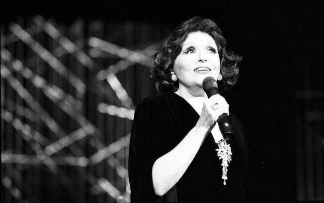 Bibi Ferreira virou nome de teatro