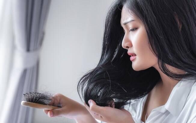 Biotina é a solução para acabar com a queda de cabelo? Parece que não é bem assim