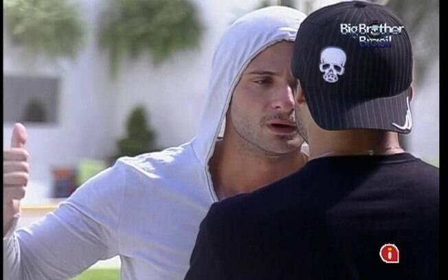 Ronaldo detona Fael e Jonas