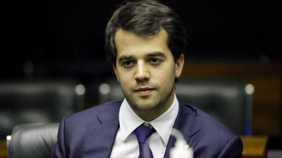 RJ: PSL busca filiar família Garotinho e filho do ex-governador Sérgio Cabral
