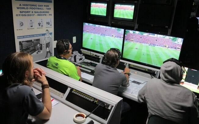 Na partida de ida da final do Pernambucano, o árbitro de vídeo foi utilizado pela primeira vez