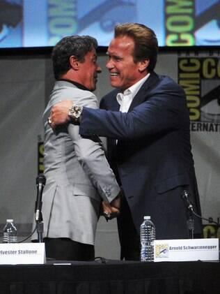 Sylvester Stallone e Arnold Schwarzenegger durante o Comic Con 2012: